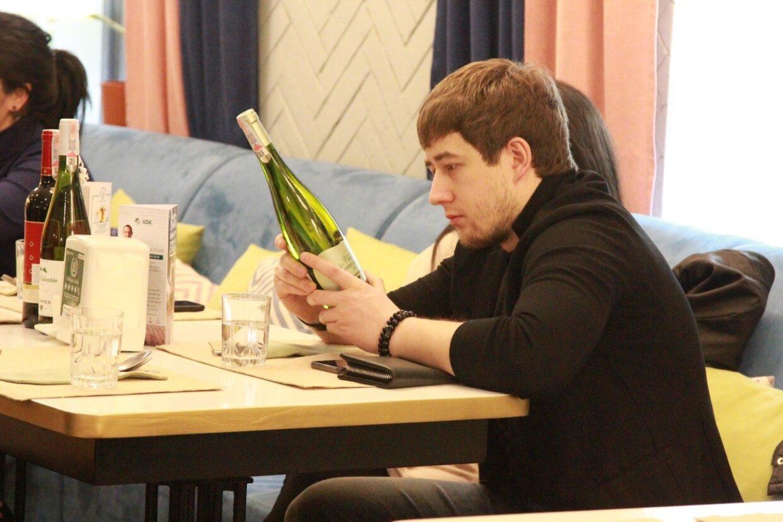 Тренинги по вину в торговых точках и заведениях города